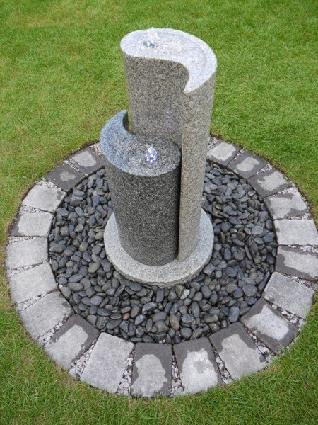 Aqua Yin Yang , Pebble Pool & Cobbles, Granite Water Feature Kit