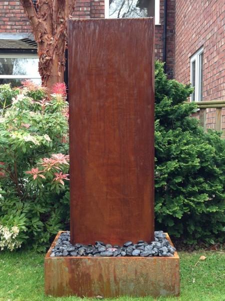 Aqua Moda Corten Steel Staffora 1.42m Garden Water Feature with Corten Steel Base and LED Light