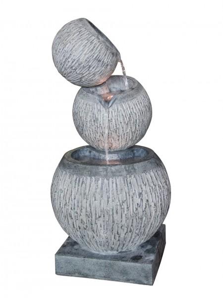 Balancing Three Bowl Water Feature