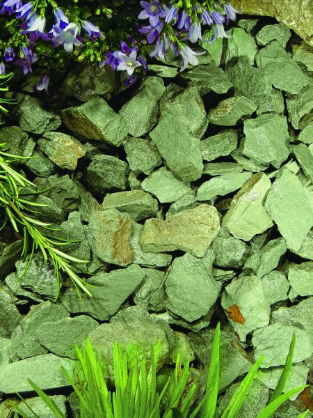Green Slate Stone Chippings Bulk Bag
