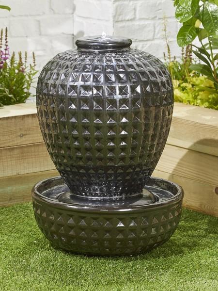 Midnight Vase Water Feature