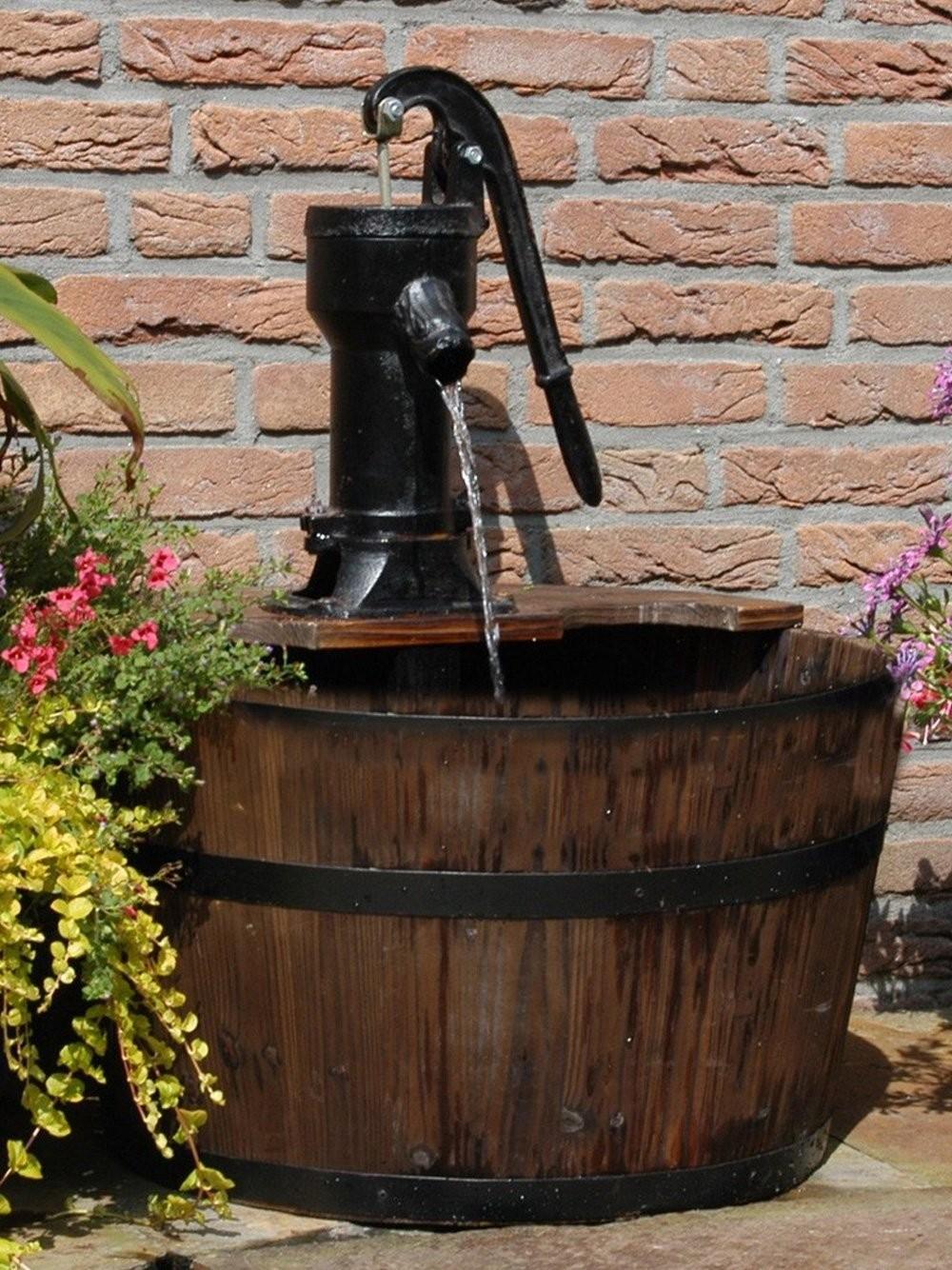Newcastle Wooden Barrel With Pump Garden Water Feature