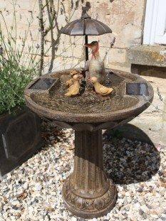 Umbrella Fountain Duck Family - Bronze Effect Water Feature