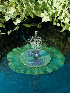 Lily Floating fountain By Smart Solar