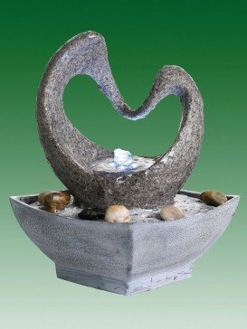 Heart Shaped Arch Water Feature